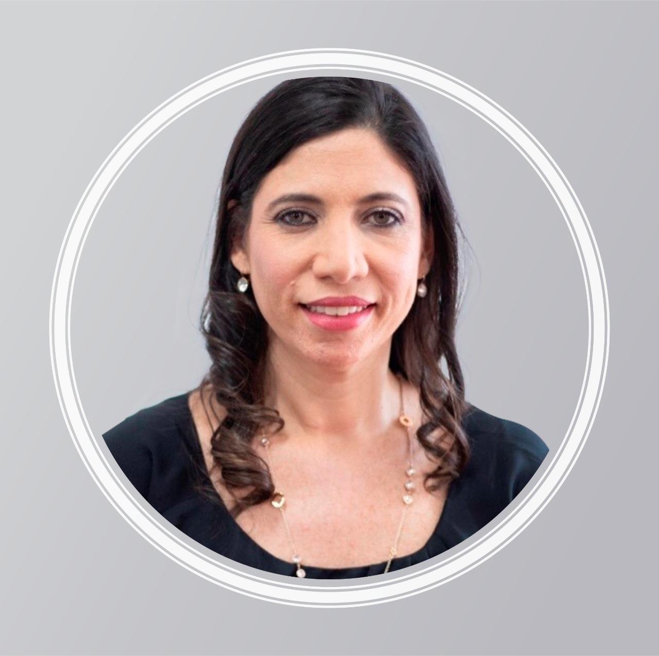 Adriana Hariton